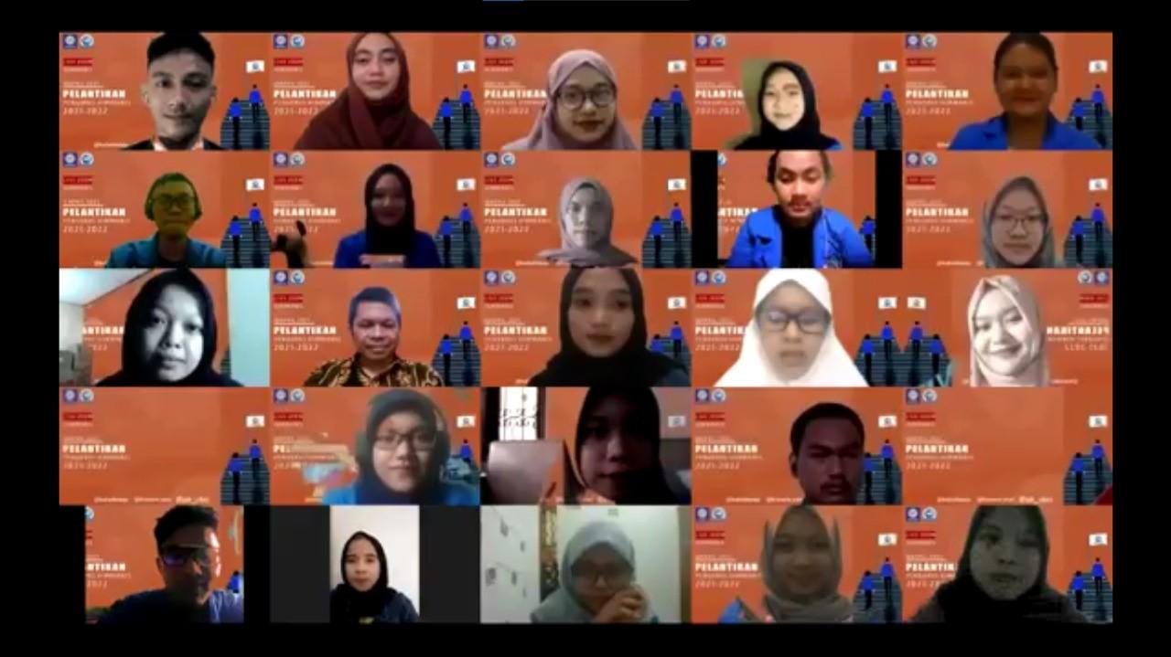 SERAH TERIMA JABATAN DAN PELANTIKAN PENGURUS HIMPUNAN MAHASISWA ADMINISTRASI BISNIS PERIODE 2021